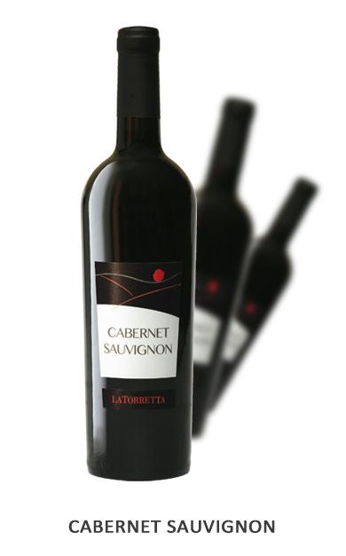 CABERNET SAUVIGNON Vitigni: Cabernet Sauvignon 100% Vinificazione: Lunga macerazione sulle bucce per 20/22 giorni. Affinamento in barrique per 12 mesi e in bottiglia per 6 mesi.